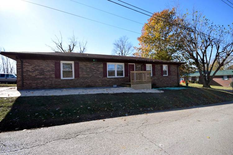 203 E North Street Boonville, IN 47601 | MLS 201850267