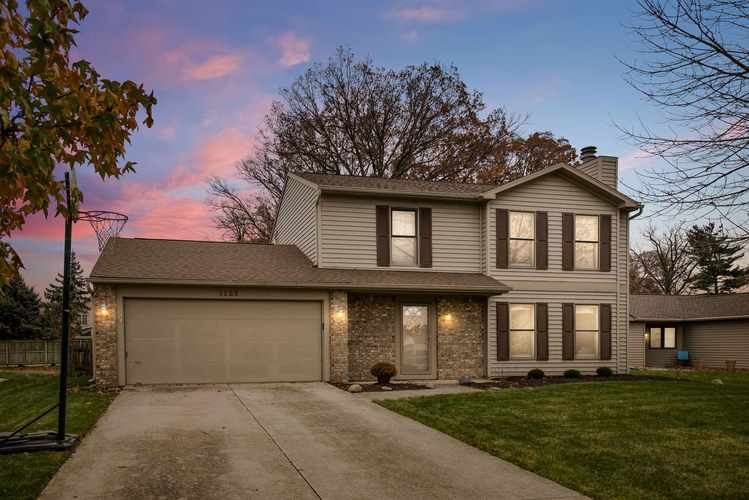 1125  Silver Springs Court Fort Wayne, IN 46825 | MLS 201850541