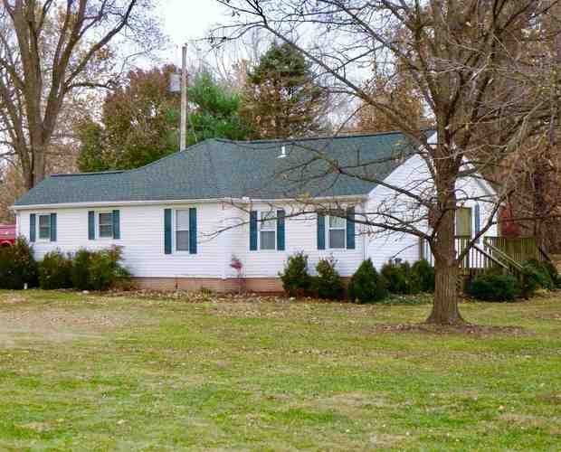 10 N Rockport Rd  Boonville, IN 47601 | MLS 201850861