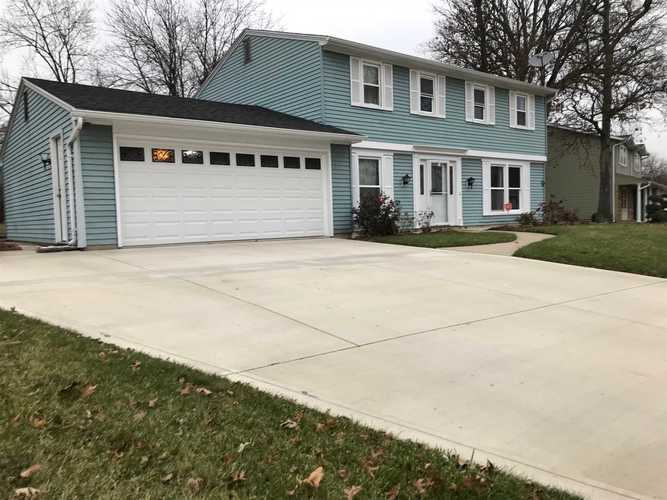 7234  Treverton Drive Fort Wayne, IN 46816-2246 | MLS 201851094