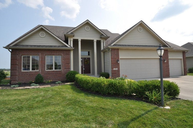13501  Veracruz Drive Fort Wayne, IN 46814-8840 | MLS 201851306