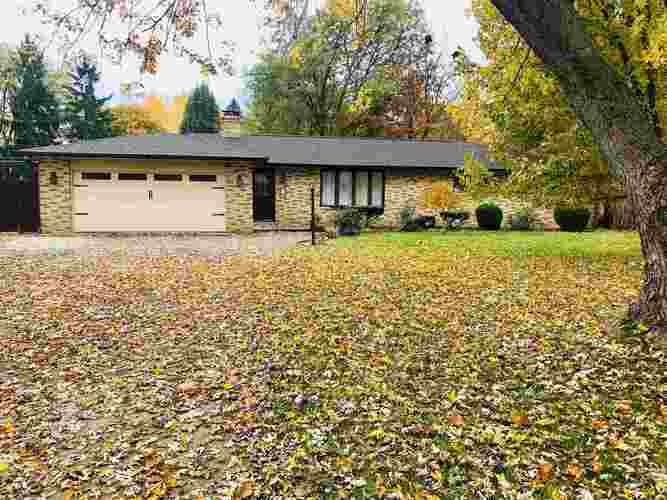 3706  South Drive Fort Wayne, IN 46815-4726 | MLS 201851352