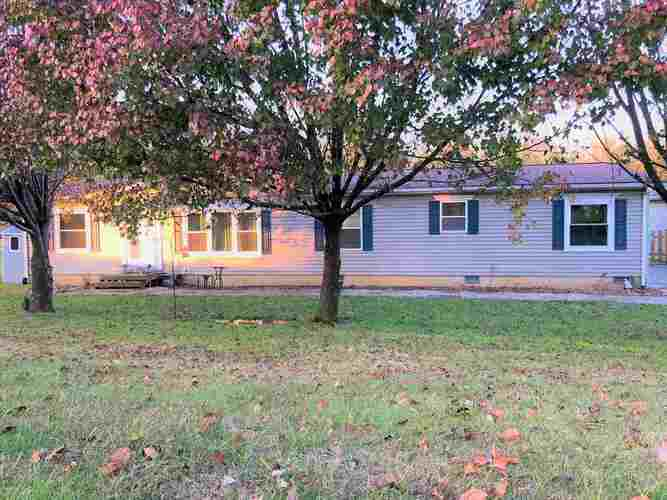 6986 W Alfred Lane Ellettsville, IN 47429 | MLS 201851894