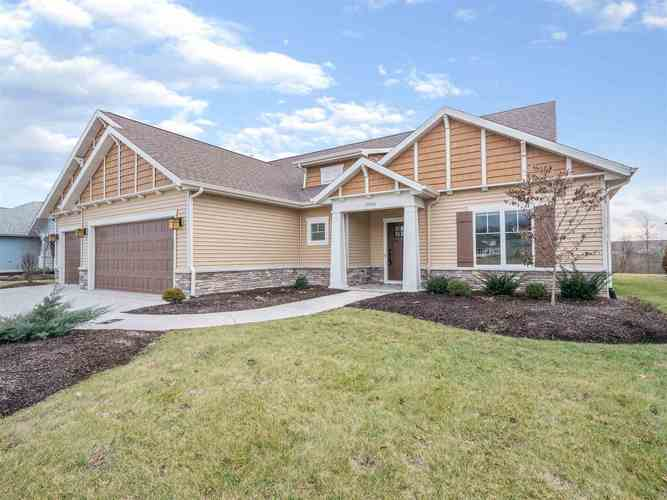 10260  Cottage Park Cove Fort Wayne, IN 46835-7711 | MLS 201852248