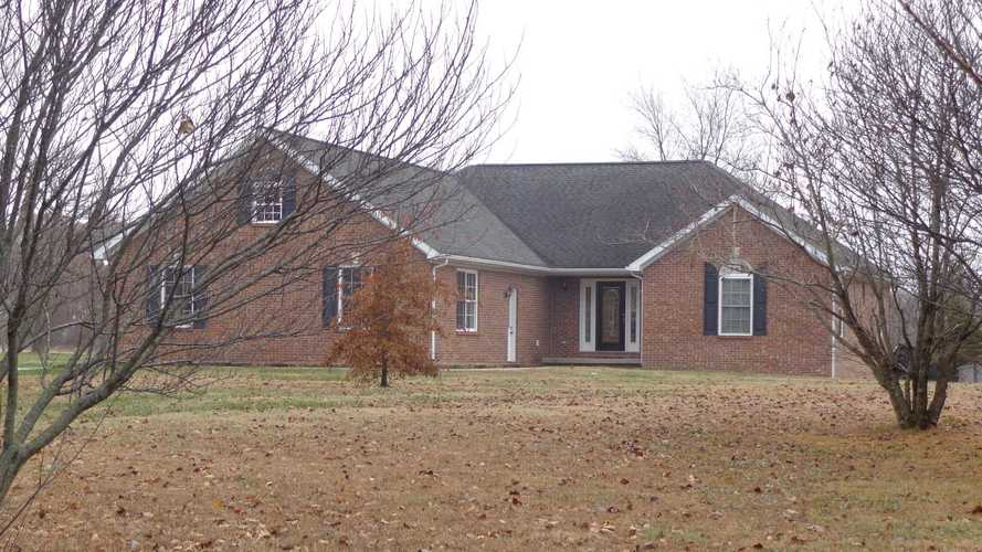 1577  Country Road Boonville, IN 47601 | MLS 201852396