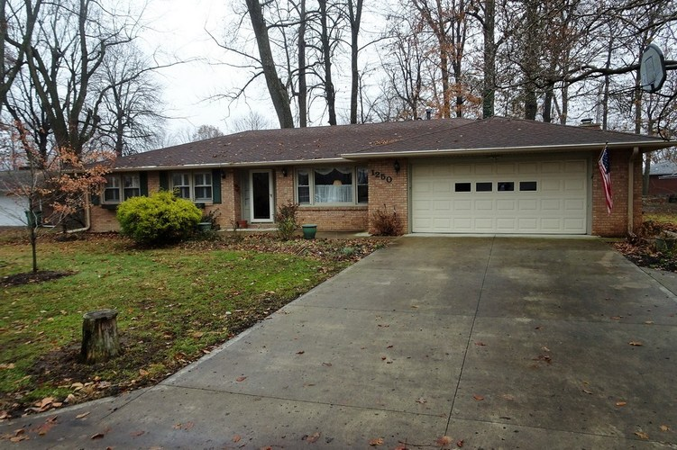 1250  Woodcrest Drive New Castle, IN 47362-1532 | MLS 201852407