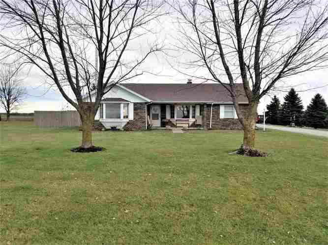 5811 N 200 W Road Uniondale, IN 46791 | MLS 201852640