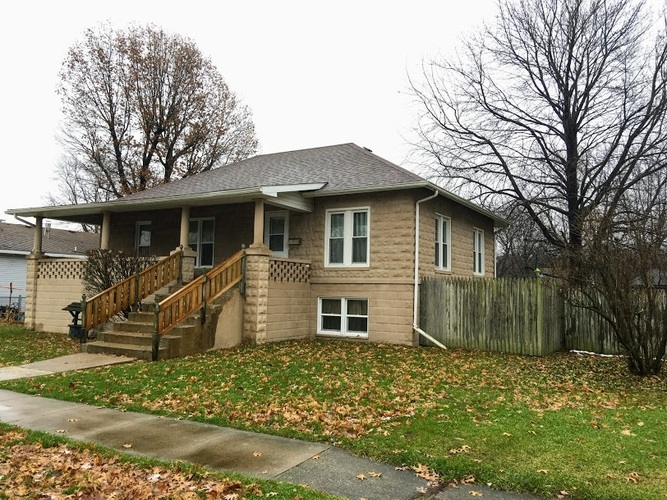 509  Virginia Street Walkerton, IN 46574-1136 | MLS 201852700