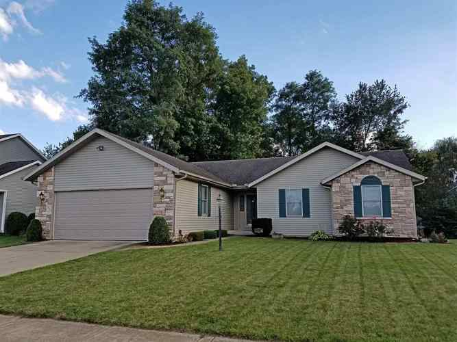 11156  Golden Pheasant Drive Osceola, IN 46561-8523 | MLS 201852964