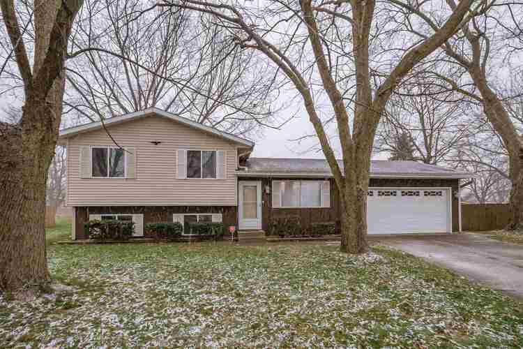 2054 Carrbridge Court South Bend, IN 46614 | MLS 201853100 | photo 1