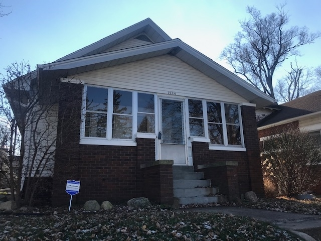 1026 E Victoria Street South Bend, IN 46614-1342 | MLS 201853293