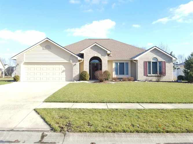 2020  Falconview Place  Fort Wayne, IN 46818 | MLS 201853373