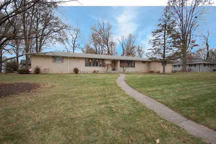 4103  Victoria Drive Fort Wayne, IN 46815 | MLS 201853593