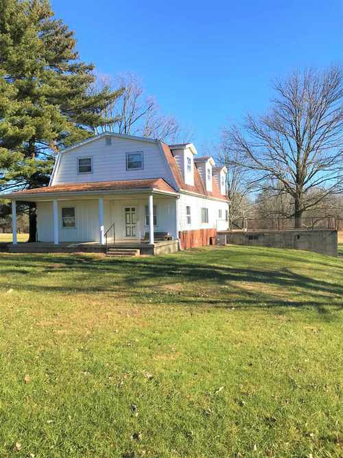 61 S County Rd. 800 E.  Dugger, IN 47882 | MLS 201854224