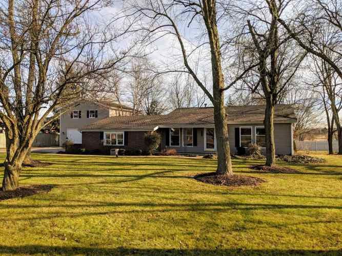 2315 N Oak Drive Bluffton, IN 46714 | MLS 201854239