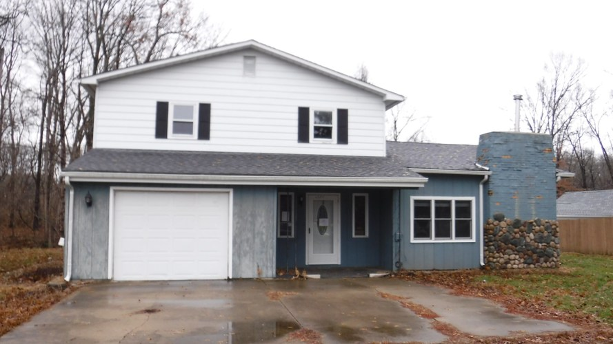 2354 S Robinson Place West Terre Haute, IN 47885 | MLS 201854385