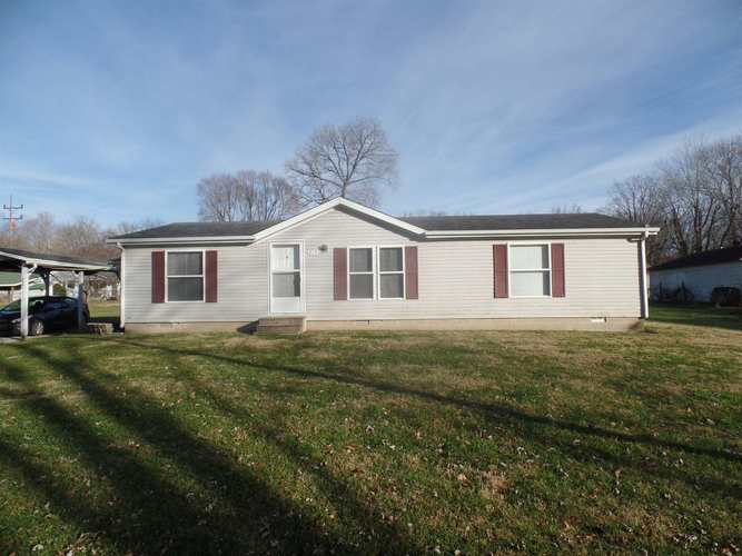215  13th st  Bloomfield, IN 47424 | MLS 201854507
