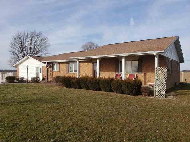 3224 E 1200 N Road Elnora, IN 47529-5122 | MLS 201855056