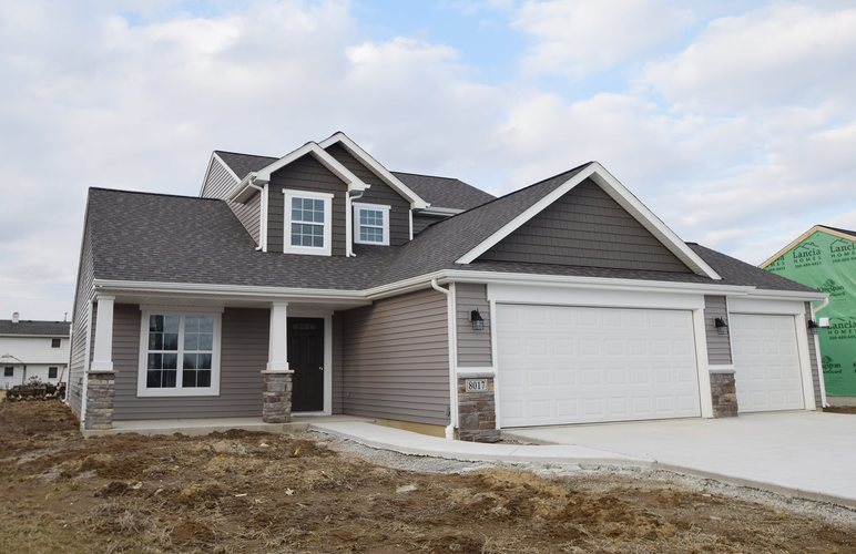 8017  Dunnmore Drive New Haven, IN 46774-3222   MLS 201900016