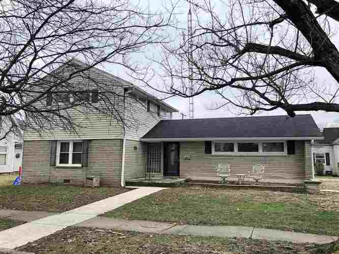 716 W Oak Street Mitchell, IN 47446 | MLS 201900087