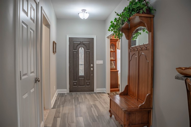 1326 E BROWNING Court E Martinsville, IN 46151 | MLS 201900145 | photo 10