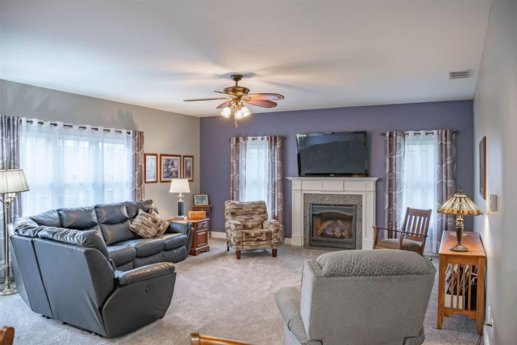1326 E BROWNING Court E Martinsville, IN 46151 | MLS 201900145 | photo 12