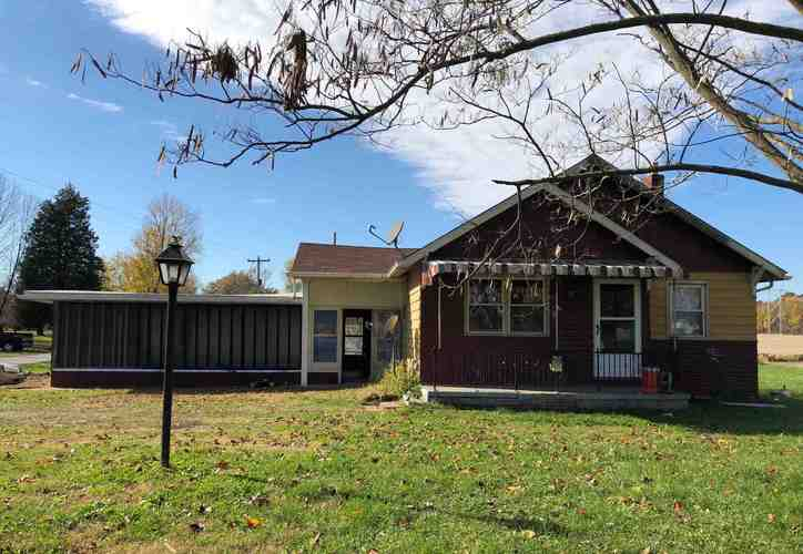 10470 E 250 S  Oakland City, IN 47660 | MLS 201900230