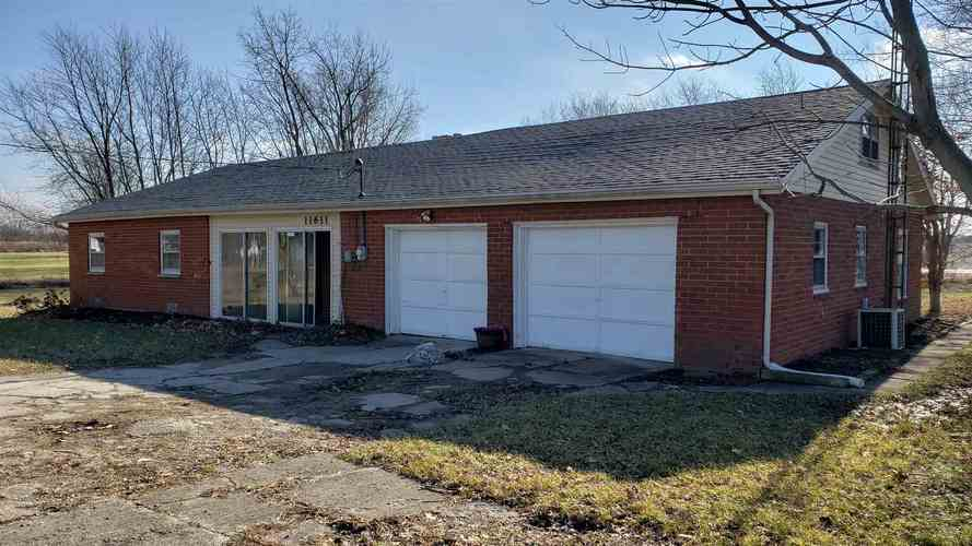 11611 E Jackson Street Parker City, IN 47368 | MLS 201900453