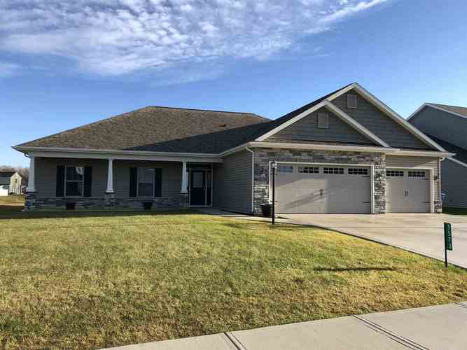 5573  Bear Creek Pass Auburn, IN 46706 | MLS 201901468