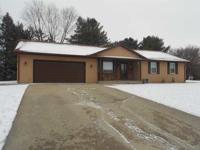 10710  Hillside Court Plymouth, IN 46563 | MLS 201901482