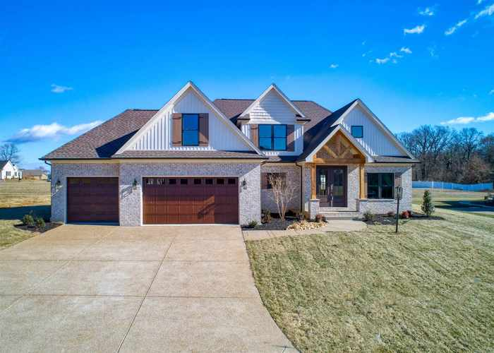 8949 Claiborne Drive Evansville, IN 47725 | MLS 201901616 | photo 1