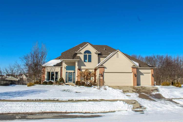 2218  Stonebriar Road Fort Wayne, IN 46814-9032 | MLS 201901815