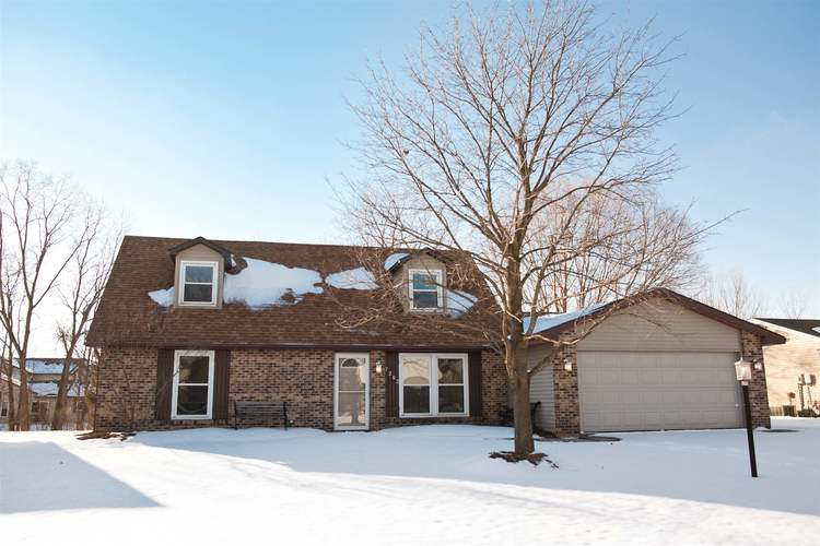 7203  Tanbark Lane Fort Wayne, IN 46835-1848 | MLS 201901897