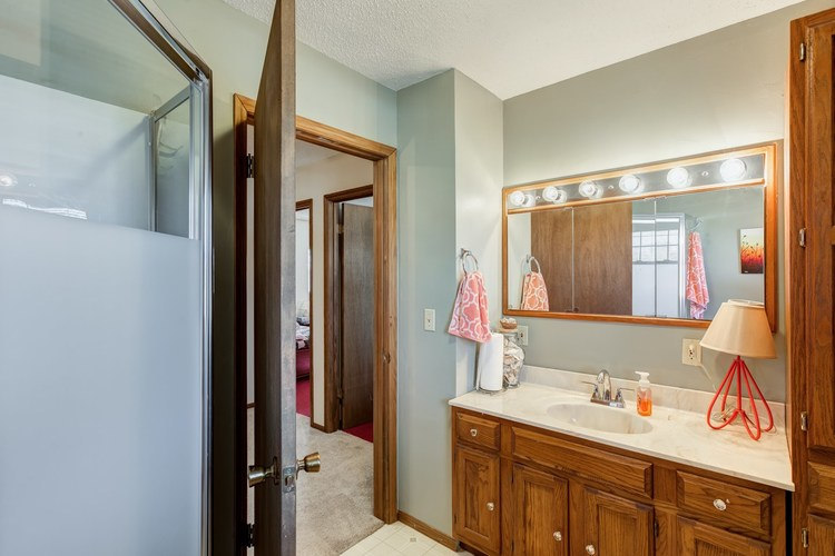 629 N 5th Street N Petersburg, IN 47567 | MLS 201901947 | photo 13