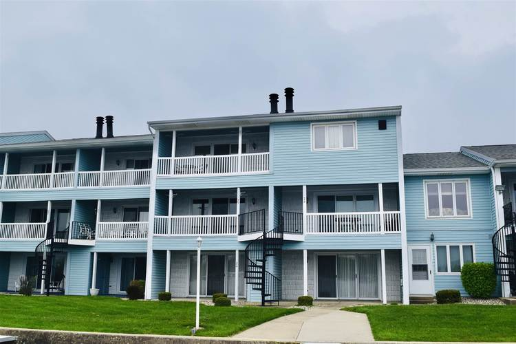 1725  Colonial Dr #25 Drive Rochester, IN 46975 | MLS 201902162