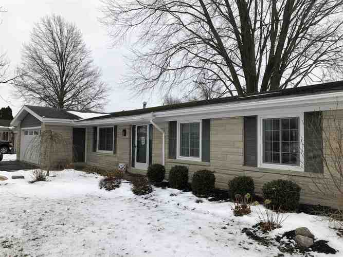 916 E Monroe Street Decatur, IN 46733-2820 | MLS 201902225