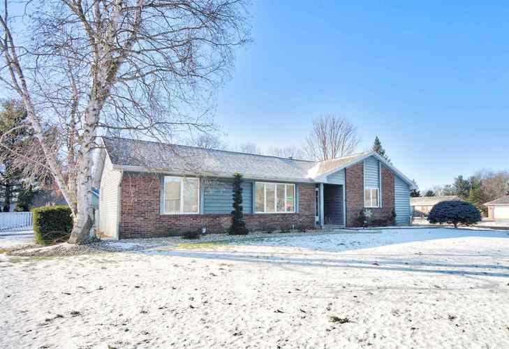 202  Sandpoint Drive Warsaw, IN 46582 | MLS 201903278