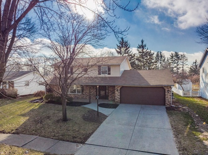 7018  White Eagle Drive Fort Wayne, IN 46815-7951 | MLS 201903748