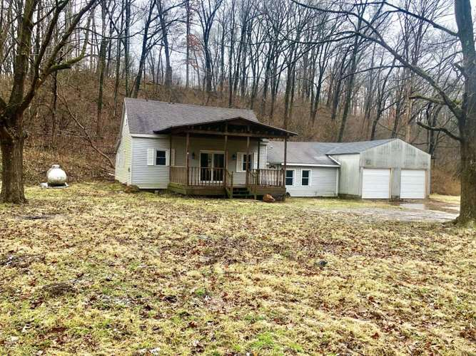 7929 S Coal Hollow Road Williamsport, IN 47993 | MLS 201904317
