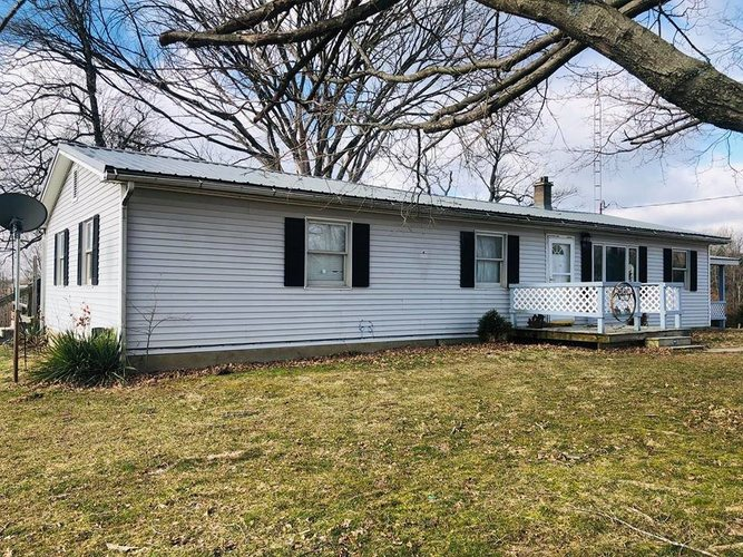 271  Old Vincennes Road Mitchell, IN 47446 | MLS 201904321