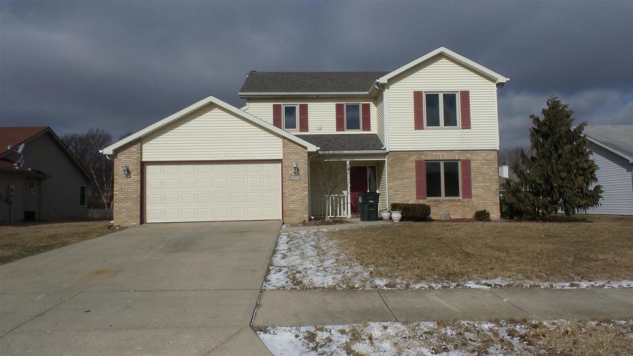 2010  Granny Smith Place Place Kendallville, IN 46755 | MLS 201904341