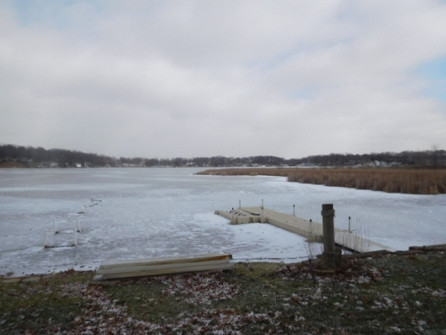 360  101 D Jimmerson Lake  Angola, IN 46703   MLS 201904477