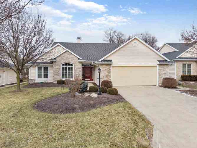 6917  Brackenwood Court Fort Wayne, IN 46835 | MLS 201904533