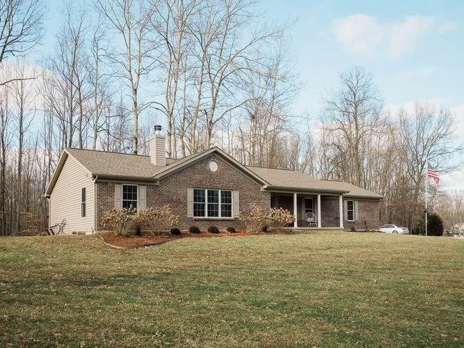 4074 S Little Creek Drive Spencer, IN 47460 | MLS 201904642