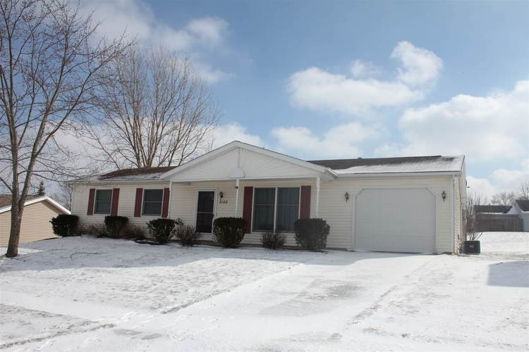 2106  Canyon Drive Kendallville, IN 46755 | MLS 201904938