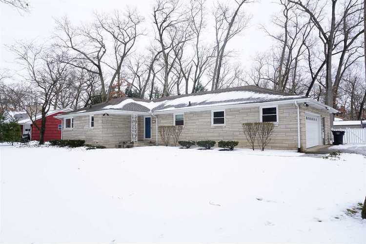 53176  OAKMONT CENTRAL Drive South Bend, IN 46637 | MLS 201905046