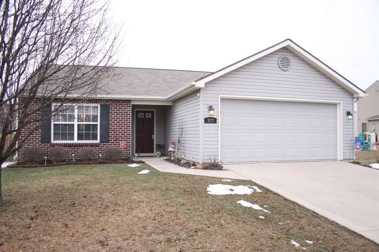 227  Riley Drive Fort Wayne, IN 46825 | MLS 201905159
