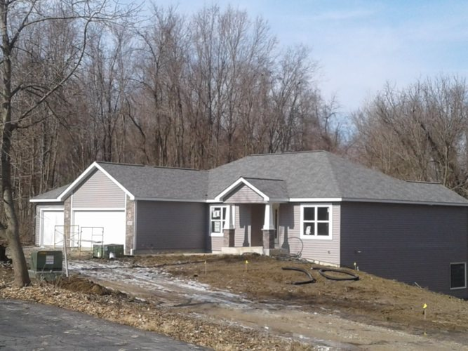 3808  Huth Drive Fort Wayne, IN 46804 | MLS 201905333