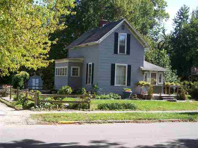 303 S Maple Street North Manchester, IN 46962   MLS 201905447