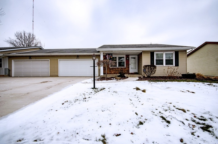 5806  Bayswater Place South Bend, IN 46614-6339 | MLS 201905462
